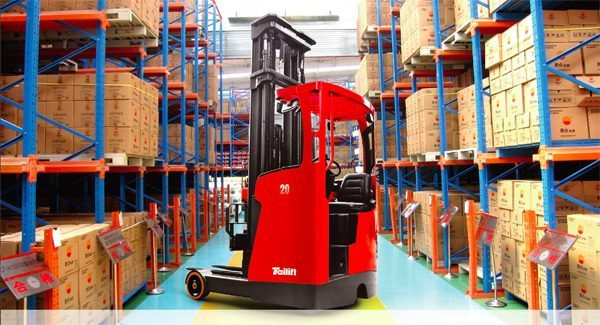 Reach truck training by CB Training